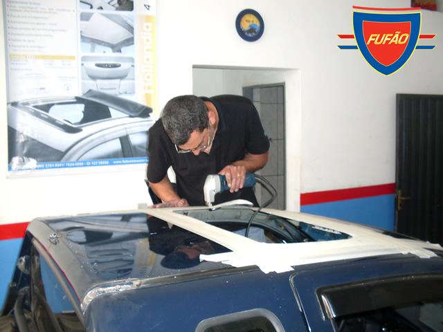 Instalar o Teto Solar no seu veículo ajuda na revenda e é mais em conta do que instalado na fábrica