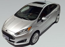 New Fiesta Sedan com Teto Solar - fufao teto solar